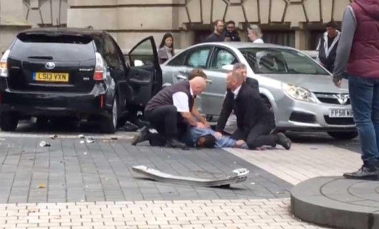 الشرطة البريطانية تستبعد فرضية العمل الارهابي بحادث اوقع 11 جريحا في لندن