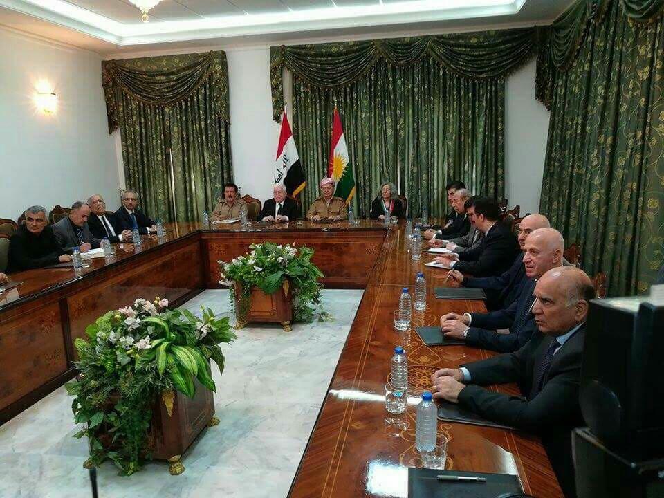 بدء اجتماع للقيادات الكردية في السليمانية بحضور معصوم ومسعود ونيجرفان البارزاني
