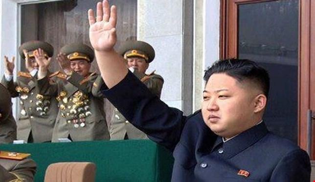 كوريا الشمالية تهدد بتوجيه ضربة