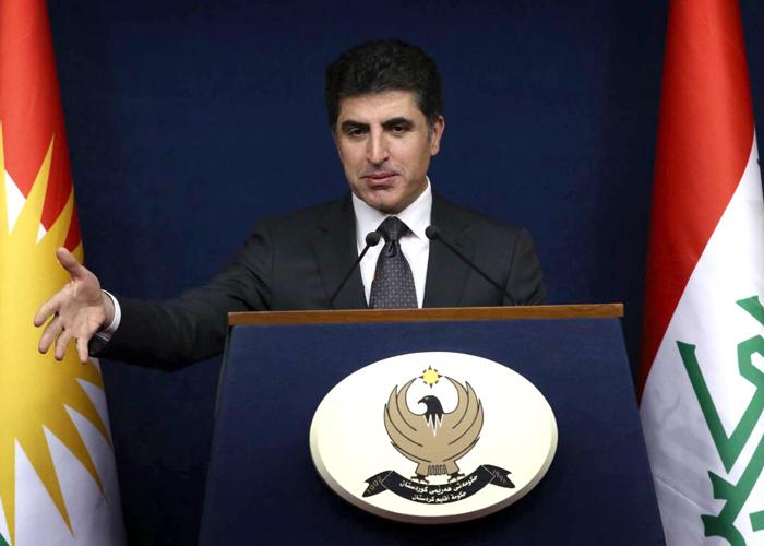 أكراد العراق ينحنون للعاصفة : سنسلم النفط
