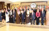 العراق يبدأ رحلة الـ100 مليار وسط تعهدات العبادي بالقضاء على