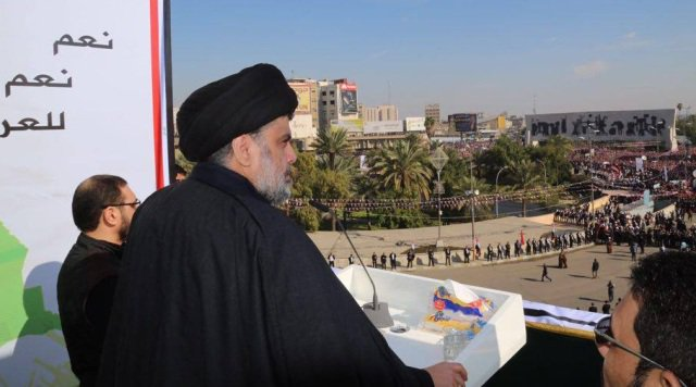 مقتدى الصدر في بغداد بالتزامن مع تظاهرة مليونية