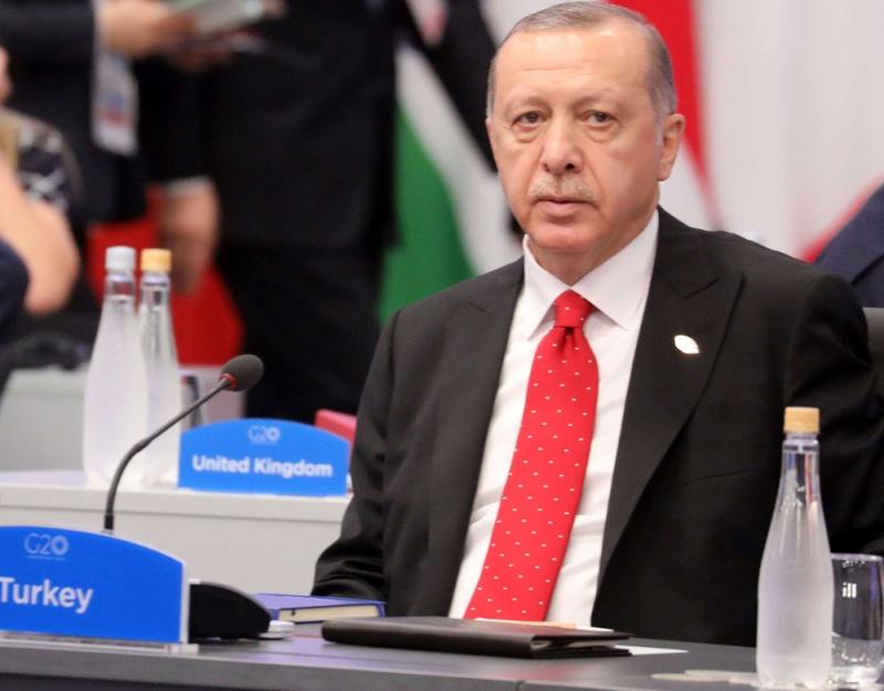 أردوغان الذي يهاجم الجميع ينتهي معزولا في قمة العشرين