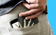 لا تضع محفظتك بالجيب الخلفي لأسباب علمية