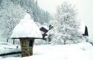 أوروبا تتوسّد البرد وتلتحف الثلوج