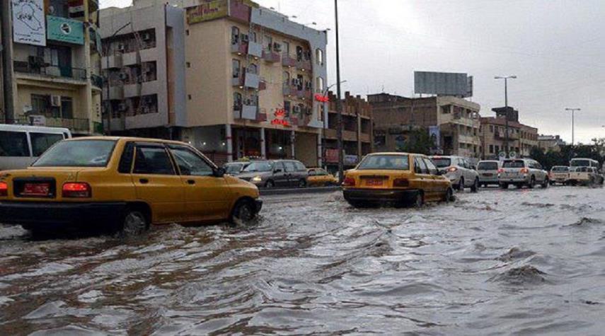 طقس العراق: انخفاض درجات الحرارة.. واستمرار الأمطار عدد من المحافظات