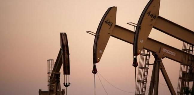 توقع إنهاء الإعفاءات الأمريكية على نفط إيران .. أسعار النفط