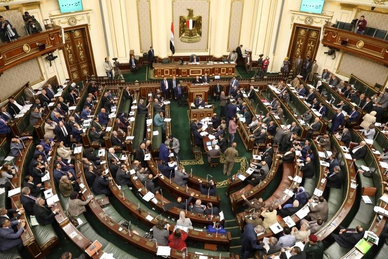 البرلمان المصري يقر تمديد الرئاسة إلى 6 سنوات