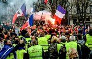 """الشرطة الفرنسية تدخل في مواجهات مع محتجي """"السترات الصفراء"""""""