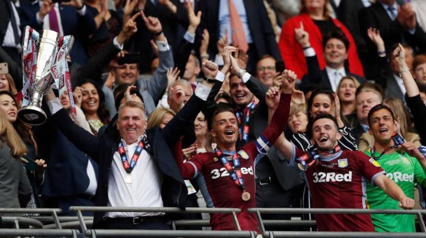 أستون فيلا يفوز بالمباراة الأغلى في كرة القدم ويعود إلى الإنجليزي «الممتاز»