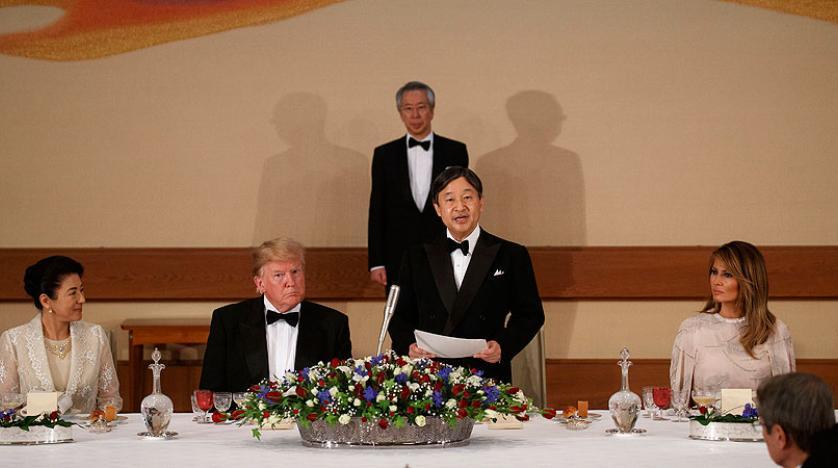 ترمب يجدد دعوة إيران للحوار... ويوسّط اليابان