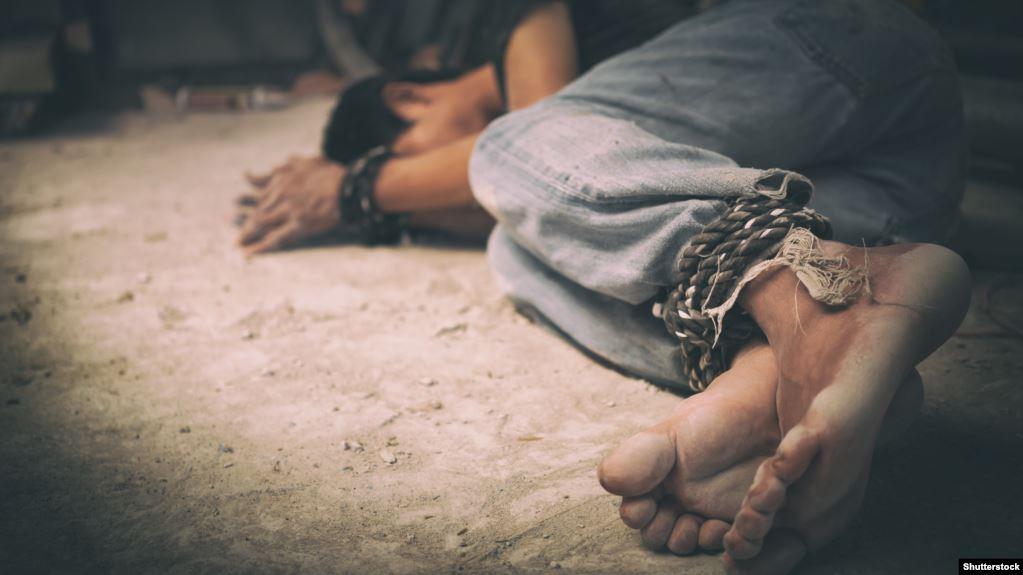 حقوق الإنسان النيابية تدعو الى مراجعة قانون الاتجار بالبشر