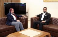 بالصور : رئيس السلطة التشريعية يهدد وزيرة التربية