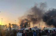 متظاهرون يسيطرون على ساحة الخلاني وانقطاع التيار الكهربائي ضمن مقترباتها