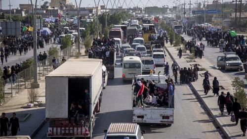 المواكب الحسينية تباشر بمغادرة كربلاء بوجوه حزينة